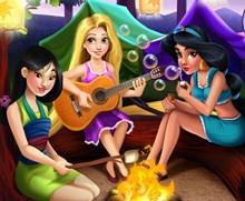Disney Kızları Yaz Kampı