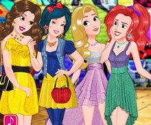 Disney Prenseslerinin Şık Elbiseleri