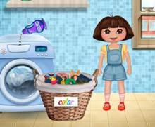 Dora Çamaşır Yıkıyor