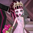 Draculaura Evleniyor
