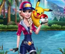 Elsa Pokemon Go Oynuyor