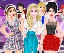 Kızlar Partiye Hazırlanıyor