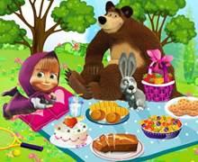 Maşa ve Koca Ayı Piknik Yapıyor