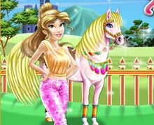 Prenses Atını Temizliyor